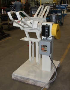 DECOILER - Reel - 4,000lbs to 10,000lbs - light duty